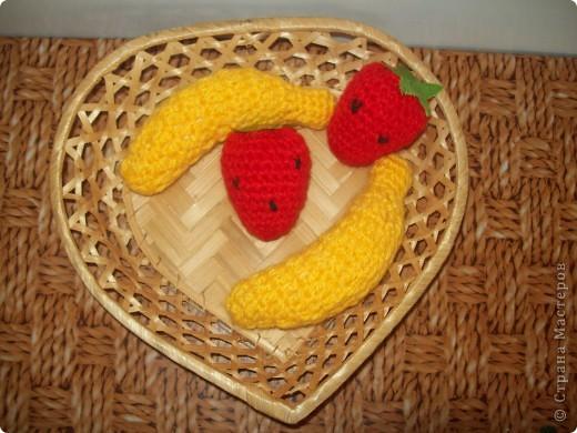 Вот такое фруктово-ягодное ассорти я приготовила для своей дочурки. фото 3