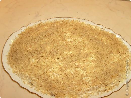 Салат Воздушный я научилась готовить у своей мамы. Делаем мы его давно, а воздушный называется потому, что очень нежный и натирается на терке на весу. фото 19
