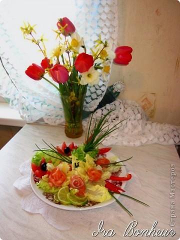 """Салат из лососины """" Весенние цветы"""" фото 2"""