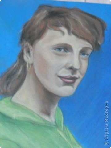 мой портрет , первый опыт с пастелью. фото 2