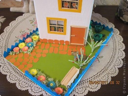 """Такой домик сделали мы с внуком в школу на урок """"Образотворче мистецтво"""" фото 4"""