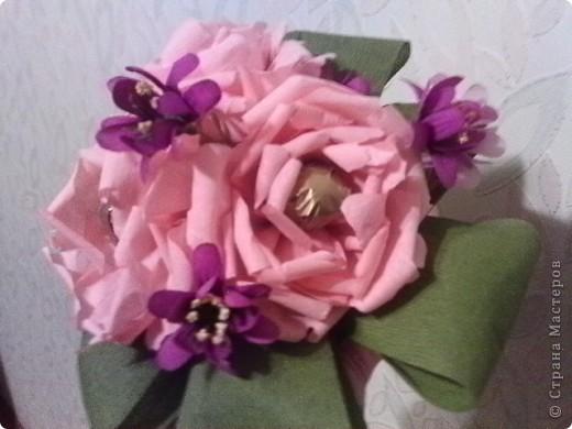 Первая попытка соединить конфетки с цветами фото 2