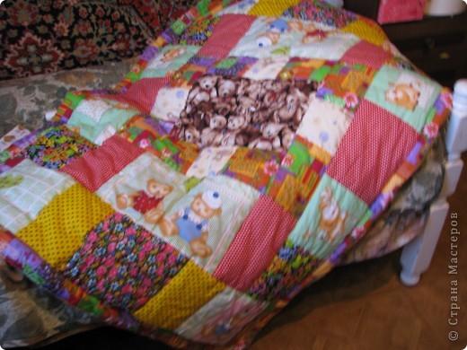 Детское лоскутное одеяло фото 2