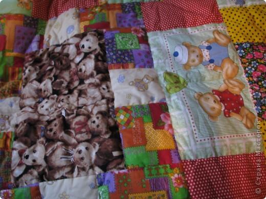Детское лоскутное одеяло фото 3