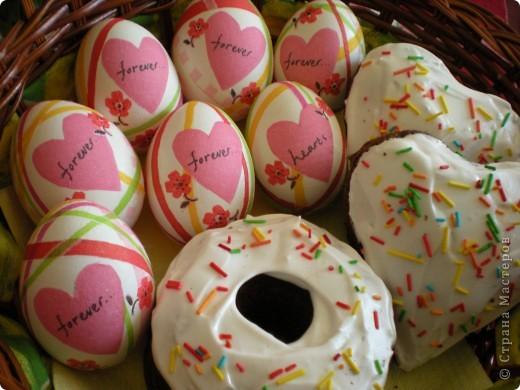 Яйца украшаю бумажными салфетками. фото 1