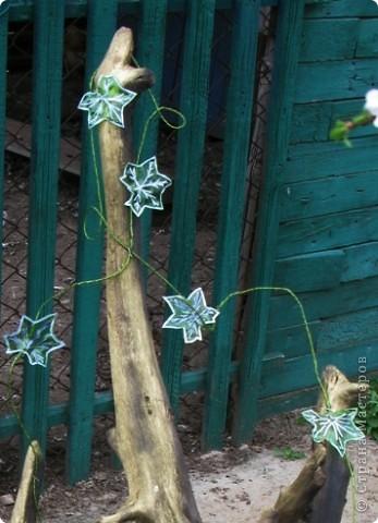 """Такой вьюнок """"живет"""" у меня в огороде.      http://stranamasterov.ru/node/187529     Я раньше уже рассказывала, как сделать маки, а сейчас решила поделиться своей идеей выполнения вьюнка, который можно поселить и в доме и в огороде, да и изготовить его не так сложно. фото 1"""