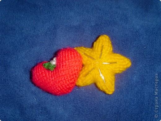 Эти игрушки я вязала к Новому году 2009/2010. За эту необычную гирлянду спасибо Меджик, по ее описанию она и была связана. фото 6