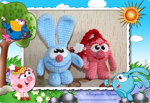В подарок малышке связала популярных мульт-героев Смешариков (Нюшу и Кроша).   фото 1