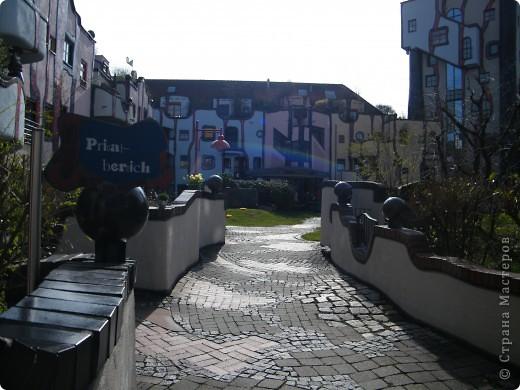 Дом художника Хундертвассера в Плохингене фото 7