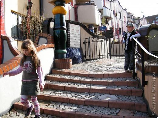 Дом художника Хундертвассера в Плохингене фото 10