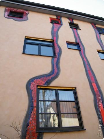 Дом художника Хундертвассера в Плохингене фото 9
