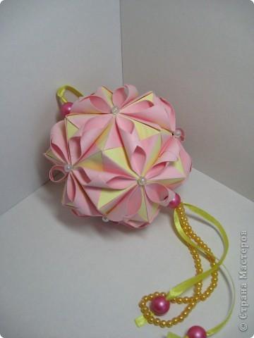 Кусудама Chrysanthemum by LEROY Амелии за мастер-класс спасибо!  http://stranamasterov.ru/node/93470?tid=451%2C850 фото 2