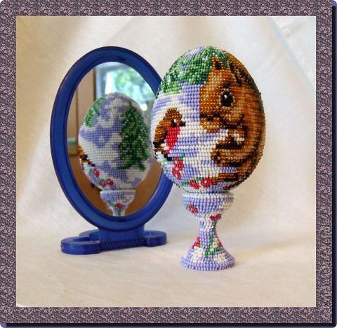 """сувенирное яйцо из бисера """"на лесной опушке"""" фото 1"""