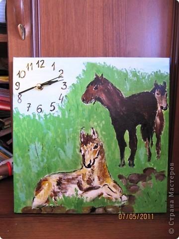 часы любителям лошадей