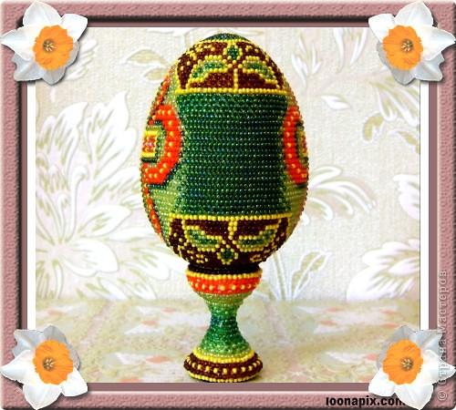"""сувенирное яйцо из бисера """"крест"""" фото 2"""