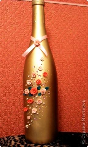 Ну вот, моя первая бутылочка в подобной технике!! Очень благодарна всем вдохновительницам-мастерицам! Особенно Коробчук Екатерине и Галине Ширьевой!!!Глаза боятся, а руки делают. Так и получилось! И результатом я довольна! Бутылочку сделала в подарок!!! фото 3