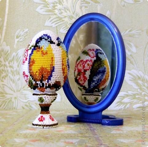 """сувенирное яйцо из бисера """"синички"""" фото 1"""