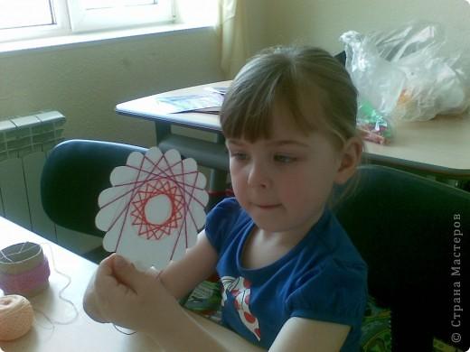 Такие веселые цветы сделали с детками за два занятия. фото 4