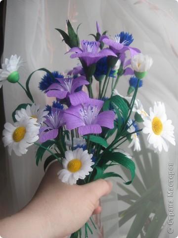 Полевые цветы из бумаги гофрированной