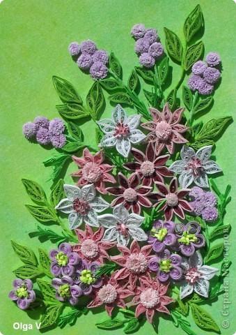 Предлагаю вашему вниманию еще одну цветочную композицию, сделанную в подарок коллеге. Работа в рамке 21см на 30см. Фон - бумага для акварели, затонированная сухой пастелью.  фото 1