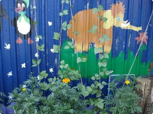 Мы с мамой очень любим работать в саду и огороде. А чтобы было весело и интересно придумываем разные штучки и создаем сказку! это наш сказочный домик для домовенка, сделанный из настоящего улья! фото 4