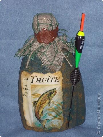 Вот сваяла очередной подарок на день рождения. Тема благодатная - рыбалка, поэтому пометила еще и как 23 февраля - хоть и далеко, но может кому пригодится фото 1