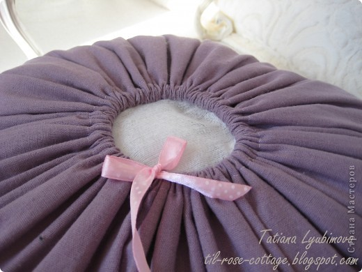 Тильда-подушечка с легким ароматом лаванды. Мастер-класс по Лавандовой подушке вы можете посмотреть здесь: http://til-rose-cottage.blogspot.com фото 4