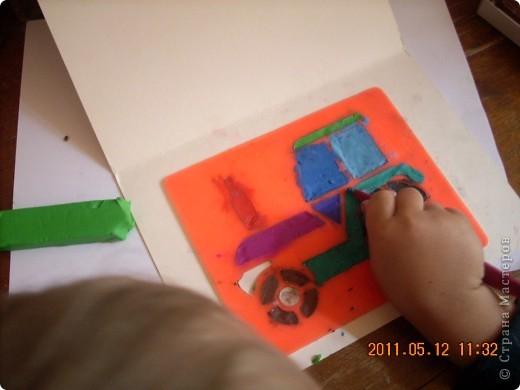 """Учимся рисовать пластилином.  Это работа моего младшего из мальчишек -) Старался всё делать сам, не смотря на всяческие мамины попытки """"помочь"""" ))) фото 4"""