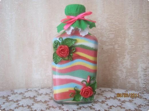 Мои бутылочки в подарки на 8 марта. Украшены цветочками из солёного теста, ну куда-же я без него!? фото 2