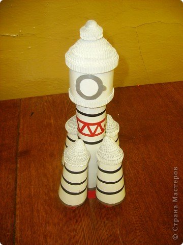 """Кружок """"Ромашка """" готовился ко дню космонавтики. Модели, которые мы сделали к 50-летию полета Ю.А. Гагарина фото 6"""