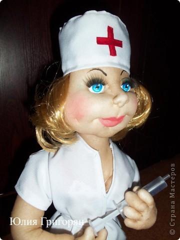 Мои медсестрички - это заказы ко дню медика! Очень хочется сшить мужчину, но почему-то спросом у меня пользуются девчонки. фото 5