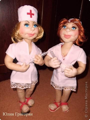 Мои медсестрички - это заказы ко дню медика! Очень хочется сшить мужчину, но почему-то спросом у меня пользуются девчонки. фото 3