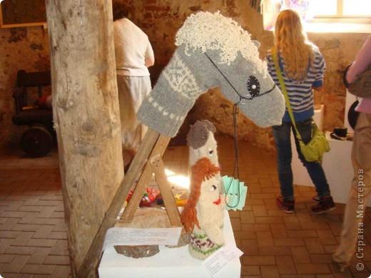 """Здравствуйте! Хочу поделиться положительными эмоциями, которые получила от поездки в г. Краславу на выставку детских работ """"Lietas un tēli"""" (Вещи и образы). Часть работ была выставлена на улице. фото 37"""