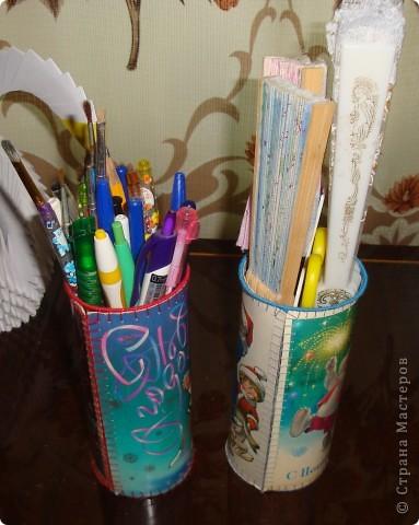 Жили- были старые, старые открытки, всеми забытые, никому не нужные... Приближался день рождения дочки и Новый год... Решила в подарок гостям сделать небольшие подарочки (ведь подарки приятно не только получать, но и дарить). фото 9