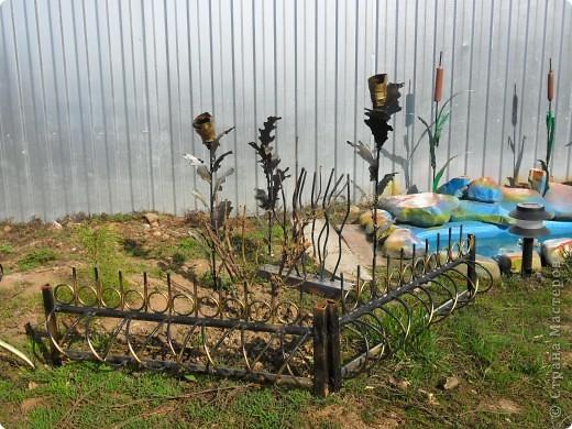 Это наш водоём-фонтан преобразился после зимы. Камни покрасили компрессором. А было вот так http://stranamasterov.ru/node/90071 фото 3