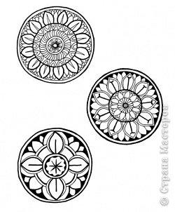 """Очень многие увлекаются росписью хной по телу рисуют различной сложности узоры, орнаменты, а кто-нибудь задумывался, что означают те или иные символы. Давайте немного углубимся и узнаем тайны наших с вами рисунков. Сегодня рассмотрим значение узоров в Индии .  Менди-индийское название хны. Роспись по телу с помощью хны представляет собой духовную и терапевтическую процедуру, вот почему менди никогда не наносят в спешке. В индийской культуре огромное значение имеет символизм и менди тоже говорит на языке символов. Рисунки хной, которые делают в Индии и Пакистане, самые сложные в мире. В наиболее популярных из них используется узор с """"огурцами"""". фото 14"""