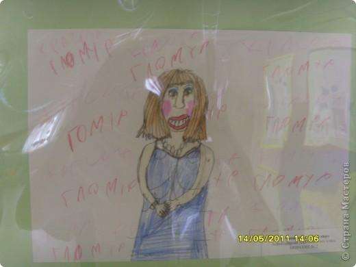 """14 мая наш благотворительный фонд """"Вера, Надежда, Любовь""""  провел выставку рисунков детей с ограниченными возможностями здоровья, посвященную Дню семьи """" Я+Моя семья=Мой мир"""" фото 22"""