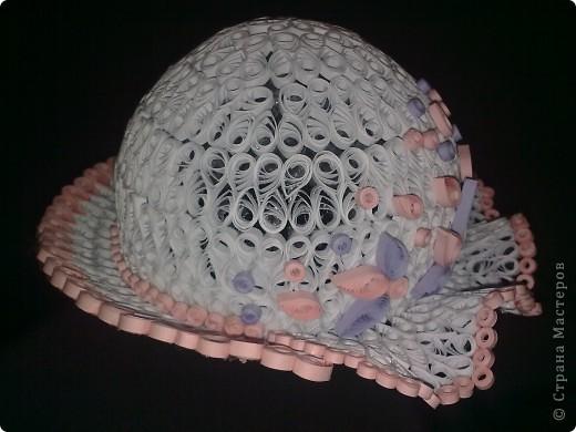 Вот сделала шляпку к туфельке в технике объемный квиллинг. Оцените как получилось. фото 1