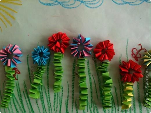 """Мы сегодня делали такие """"Цветочки на лугу"""" фото 1"""