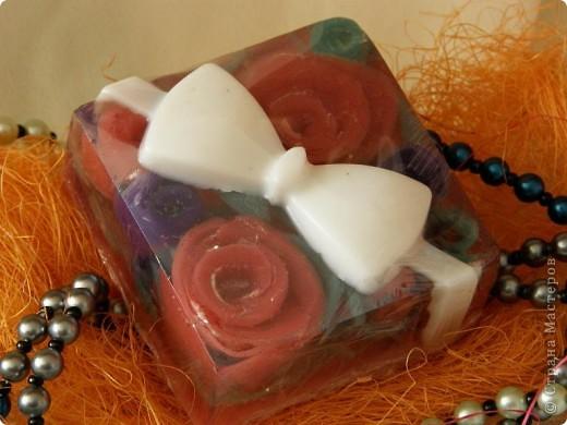 Сувенирное мыло ручной работы «Розы Дамаска»
