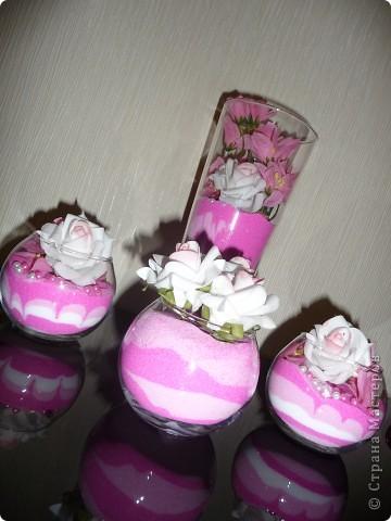 Купила в зоомагазине крашенные камушки...очень удачно вписались в мою розовую коллекцию) фото 3