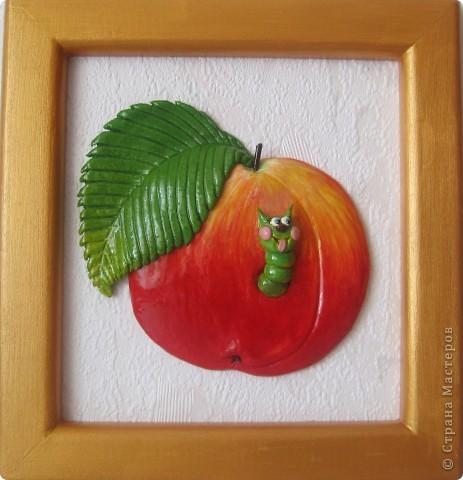 Огромное спасибо Марине Архиповой за её яблоко с червяком! Не даром - это один из самых популярных МК. Посмотришь на такое яблочко и улыбнуться хочется! фото 2