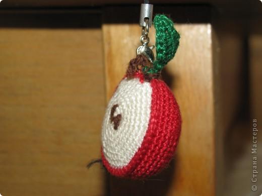 Яблочко-брелочек-подвеска фото 1