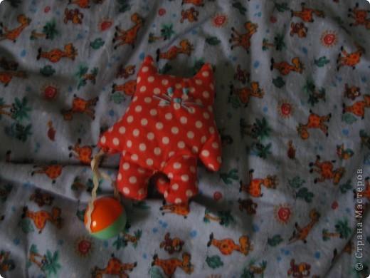 Мои игрушки. Все после летящего кота - это погремушки сшила для сынка своего. фото 5