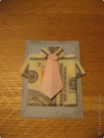 """Встречайте: вот такая простенькая """"валютная"""" серия. Я в должниках у Филюши, Михаелы, tvlasova1, поэтому сначала """"затариваются"""" они, потом - по мере поступления заявок. Рубашечки и галстуки выполнены в технике оригами. фото 2"""
