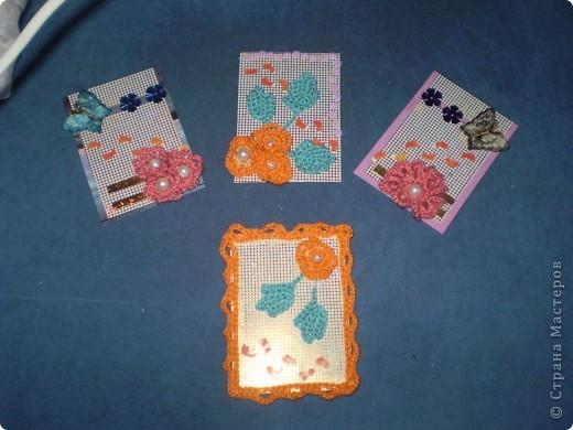 """Серия немного бесшабашная... """"Иду в лето!"""" Использовала картон, вязанные крючком цветочки и листочки из ниток мулине, бусинки, пайетки, бабочки. Ступни - дырокольные. Люблю этих малюток, они и дали название серии фото 1"""