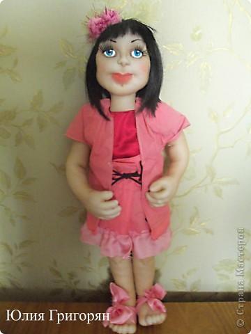 Эту куклу я сделала в подарок своей маленькой племяннице. На вопрос, как ты ее назовешь, она не задумываясь сказала - Наташа. фото 1