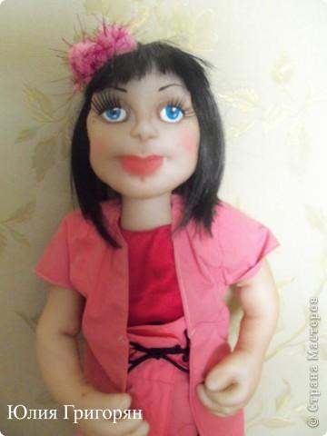 Эту куклу я сделала в подарок своей маленькой племяннице. На вопрос, как ты ее назовешь, она не задумываясь сказала - Наташа. фото 2