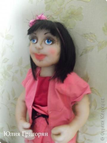 Эту куклу я сделала в подарок своей маленькой племяннице. На вопрос, как ты ее назовешь, она не задумываясь сказала - Наташа. фото 3