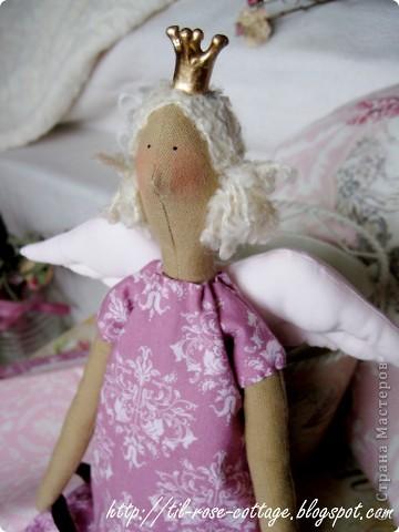Давно хотела сшить именно такую принцесску, близкую к оригиналу... ) фото 2